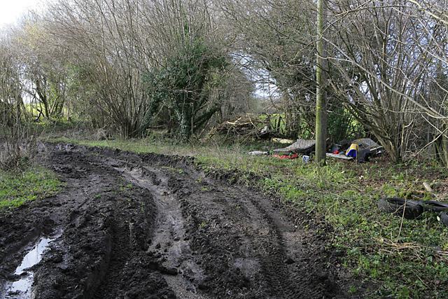 Rubbish tipped at Stancombe Broad Lane