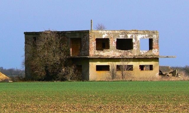 Watchtower, Broadwell airfield, Shilton, Burford