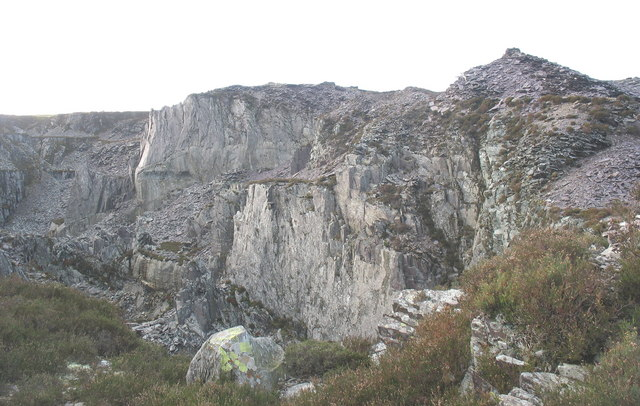 The west wall of Cefn Du Quarry