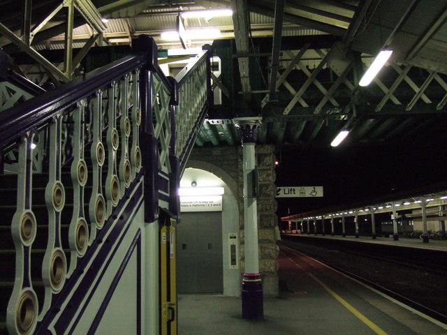 Platform 3, Exeter St David's