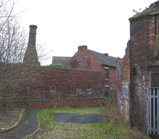 Bottle kiln, from Short Street, Longton