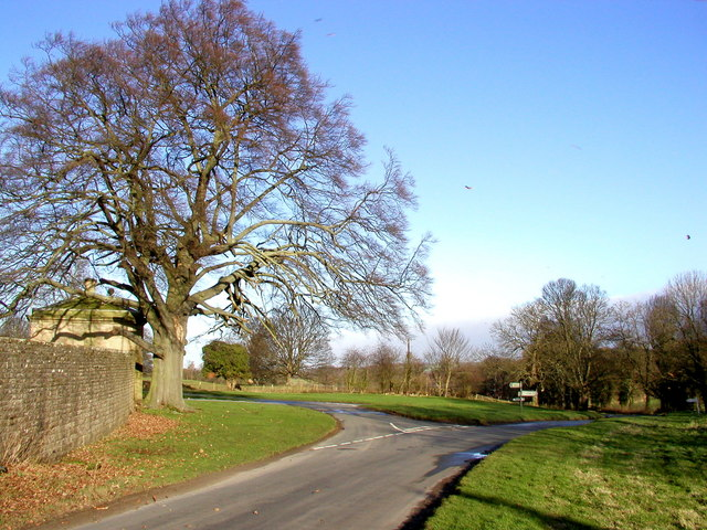 Road Junction near to Swinton Park