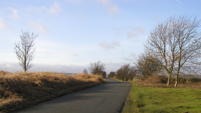 The minor moorland road to Harper Hill