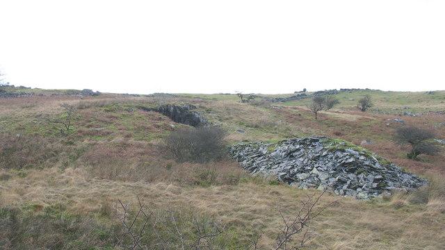 Trial quarry near Caermeinciau