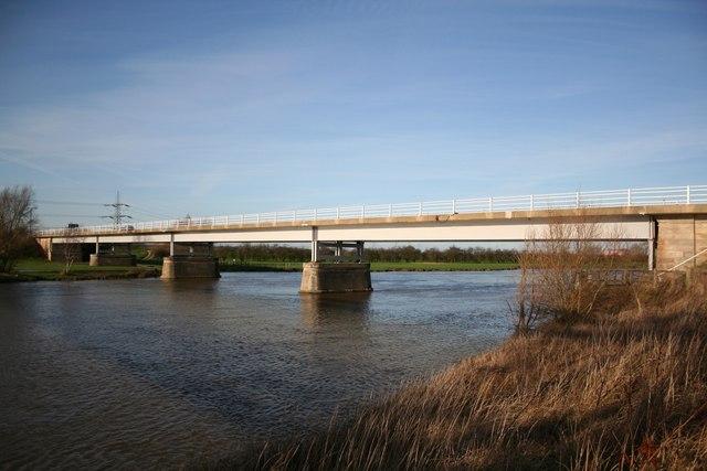 Dunham Bridge & River Trent
