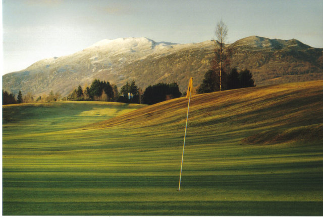 A hole on the golf course, Newtonmore
