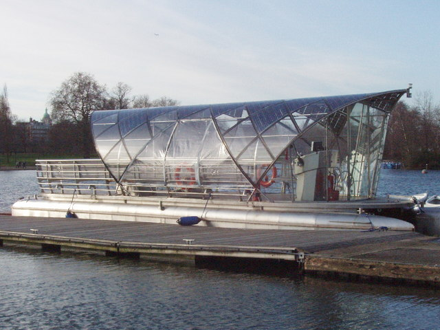 Solar powered shuttle boat on the Serpentine