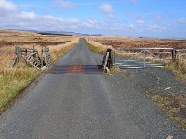 Cattle grid on Braid Fell