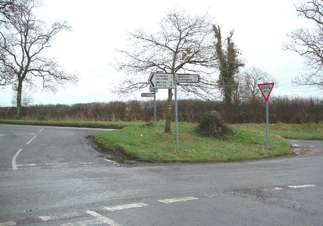 Crossroads on Welsh Lane