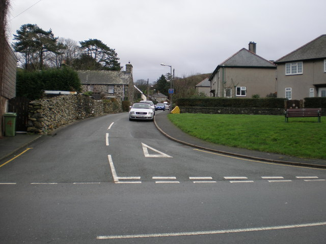 Road leading into Godre'r Gaer estate.