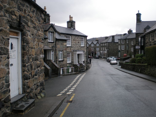 Cader road leading to Eldon Square.