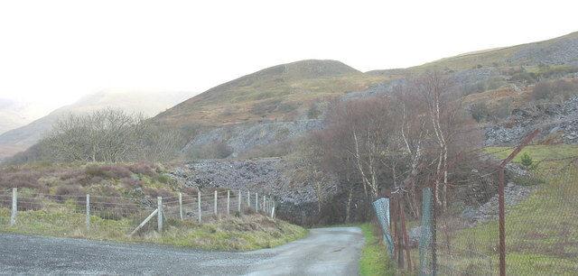 The lower end of Glynrhonwy Uchaf Quarry from the Clegyr road