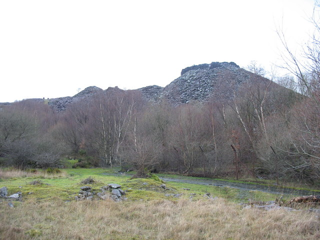 The lower tips of Glynrhonwy Uchaf Quarry