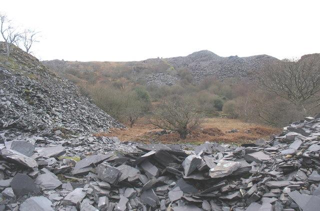 The waste tips of Glynrhonwy Uchaf Quarry from Ffridd Glyn Quarry