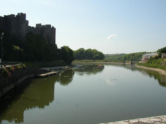 River Pembroke in the castle's shadow.