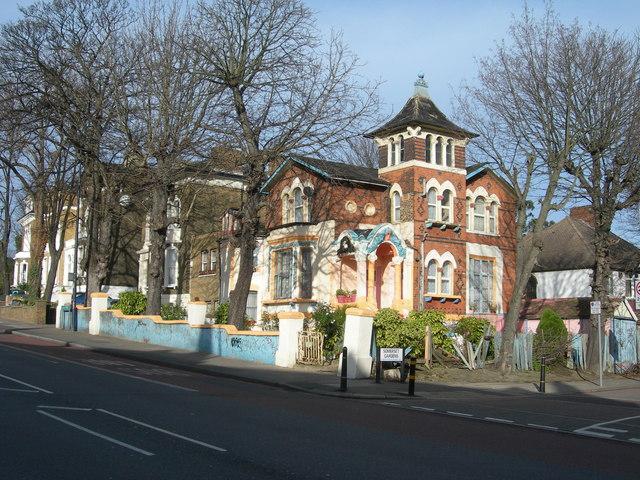 Loampit Hill, SE13 (2)