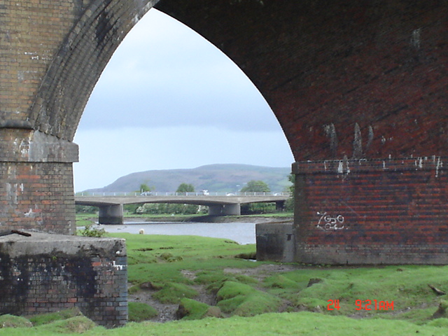 Viaduct at Morlais Junction East, Grovesend, Swansea.