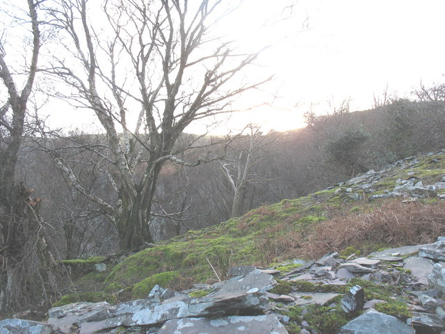 Top of the deep pit besides the upper section of the 2nd pitch of the Ffridd Incline