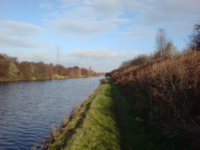 Aire and Calder Navigation south of Stanley Ferry