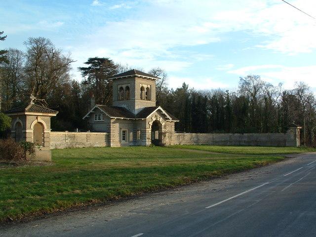 Gatehouse To Shrubland Park
