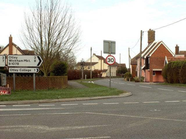 Road junction at Ashbocking