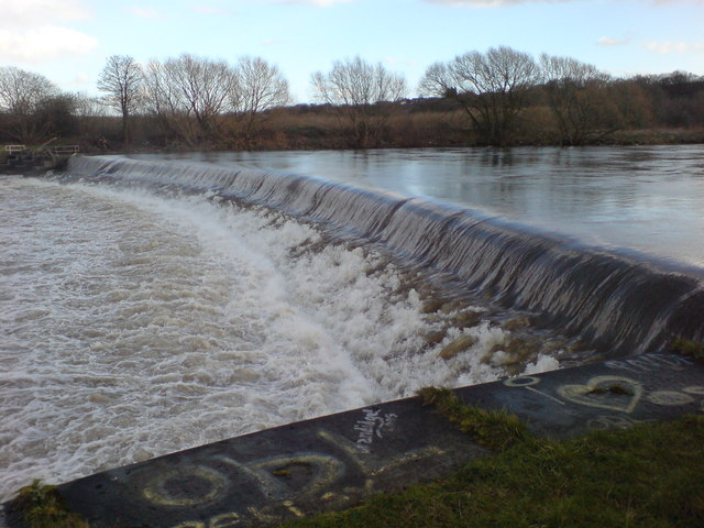 River Calder weir close up
