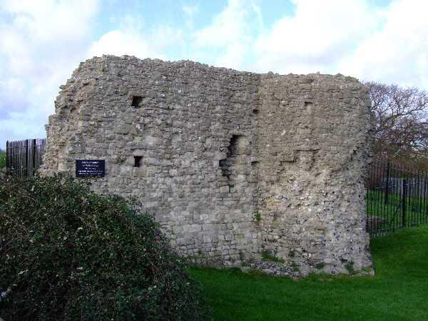 Hadleigh Castle (Barbican)