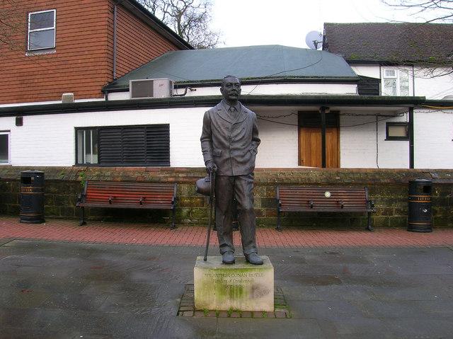 Sir Arthur Conan Doyle, Cloke's Corner