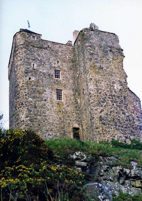 Neidpath Castle