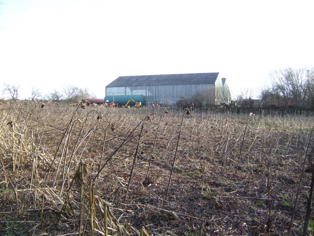 Large new barn on Arkstone common