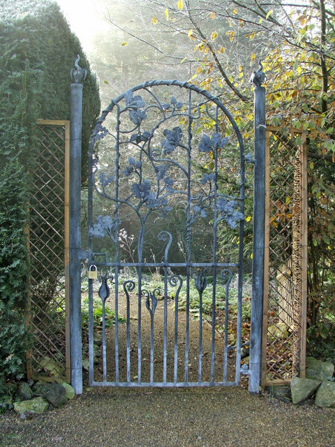 Gateway at Myddelton House, Bulls Cross, Enfield