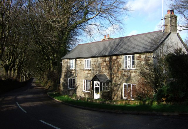 Higher Lodge and Station Road