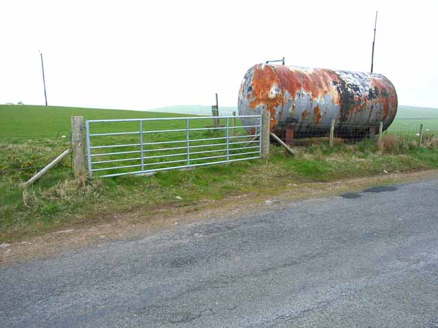 Roadside tank near Port Spittal