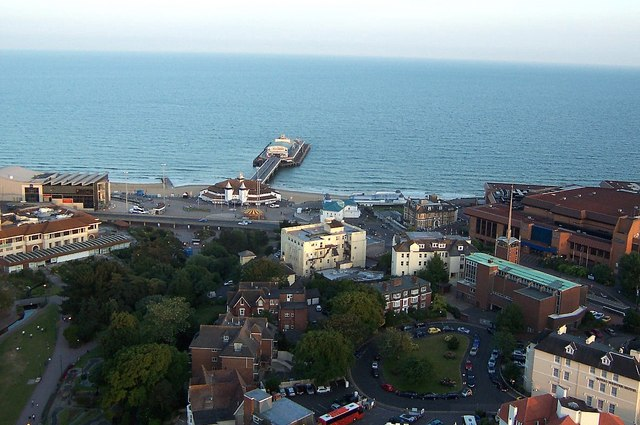 View from the balloon, facing the Bournemouth Pier