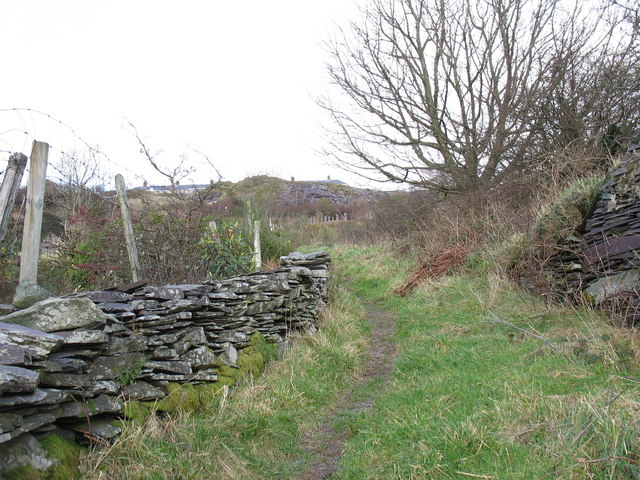 The path from the Fachwen road to Bro Eilian, Dinorwig