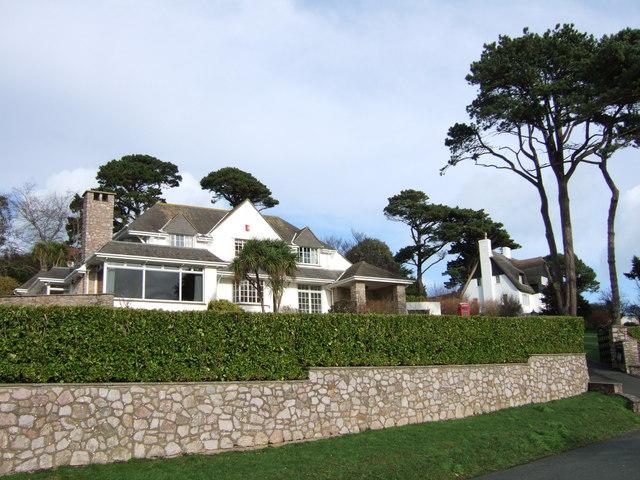 Houses on Ilsham Marine Drive, Torquay