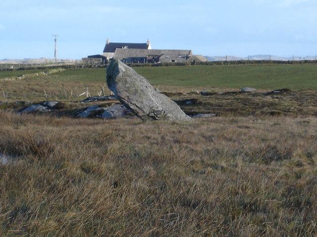 Standing stone near Caolas