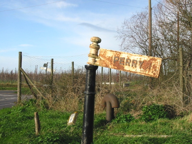 Old signpost to Perry.
