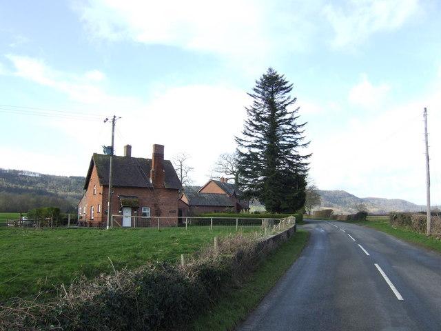 North Lodge of Tyberton Court