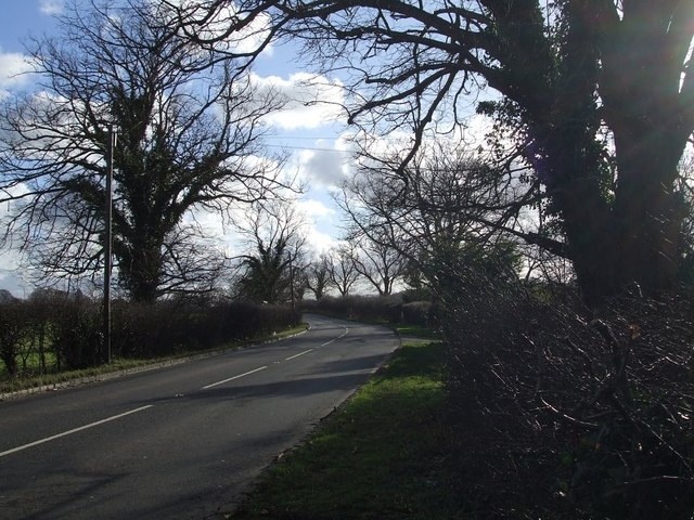 A4146 heading for Dagnall