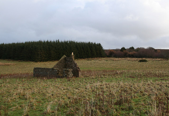 Derelict crofthouse east of Lemnas