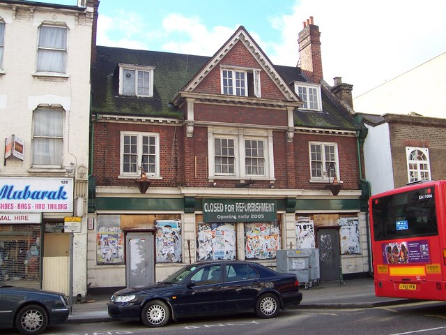 The Elm Tree  NW10