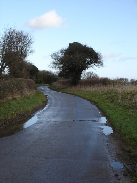 Uphill to Donhead Hollow