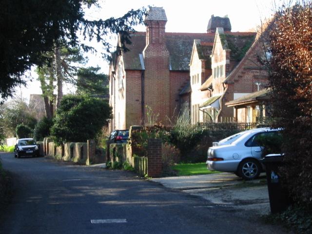 View along School Lane, Ickham.