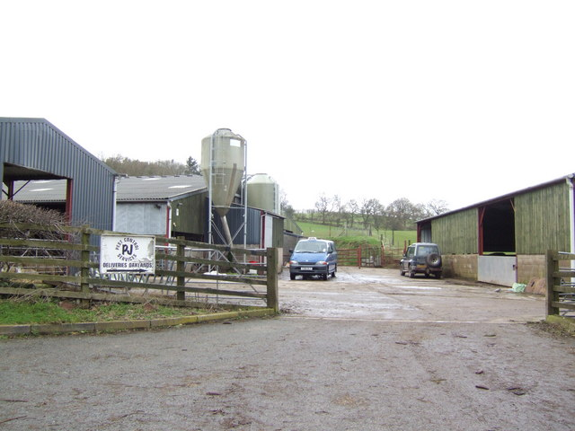 Farm buildings, Pont-y-wal Lane, Bronllys