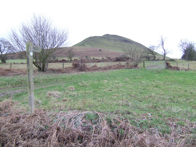 Footpath to Mynydd Troed
