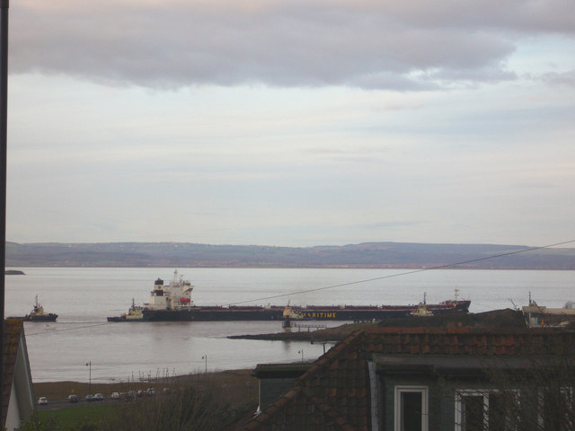 Five Tug Barge to Portbury