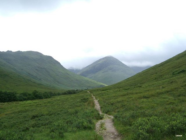 Going into Gleann Undalain, with Sgurr na Creige in the background