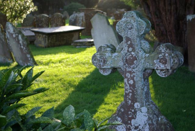 Brailes Churchyard