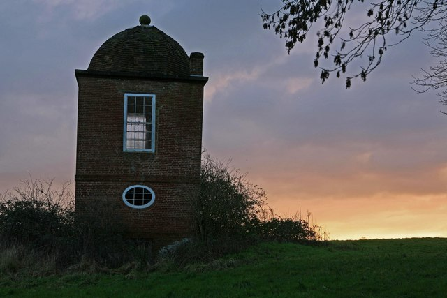 Round House Folly at sunrise 2